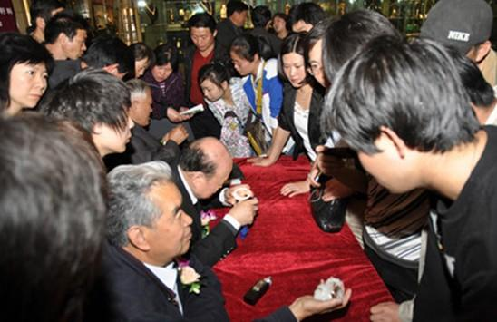 大型特级和田玉翡翠赌石精品展亮相北京爱家收藏
