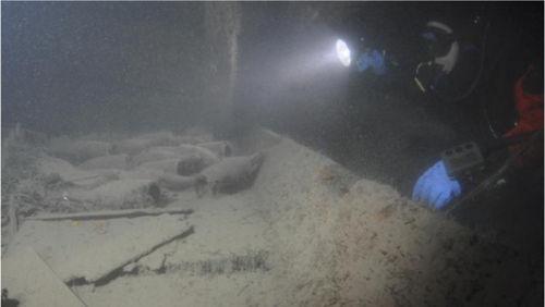 海底沉船中古董香槟是啥味道