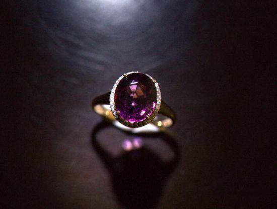 联拍在线梅兰珠宝保真拍卖会(六)成交率超60%