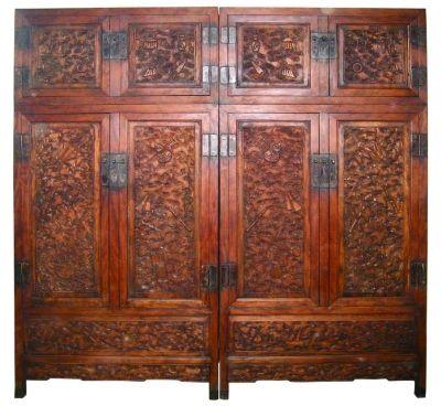 古典家具顶箱柜:自然与雕刻的结合