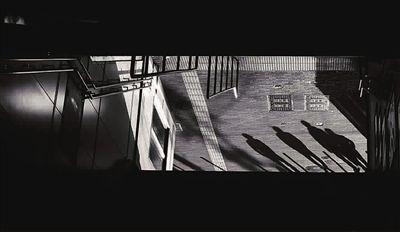 摄影艺术:用光影来构思故事会