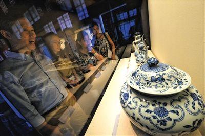 明代御窑瓷器数百年后重聚